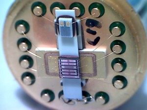 s2_Sensor-chip-on-microheater